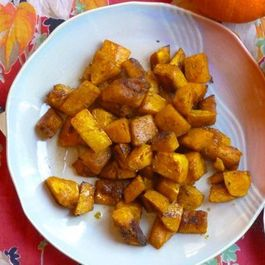 C5e6a11e-dcf5-443d-a3f2-278fa6b28dcd--maple-glazed_roasted_squash_with_garam_masala