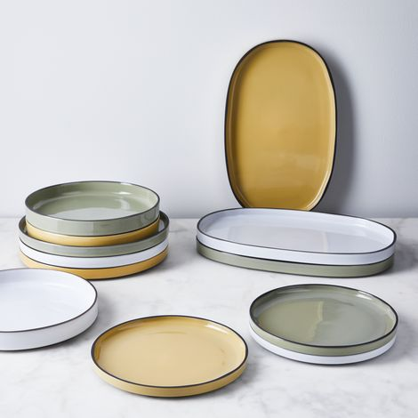French Porcelain Caractère Dinnerware