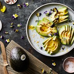 "This ""Perfect Avocado"" Takes 5 Minutes & Is Almost too Pretty to Eat"