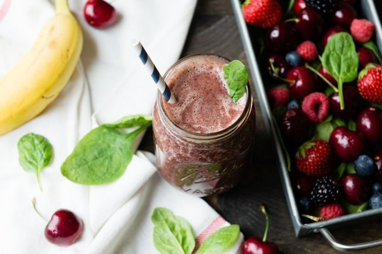 Berry Cherry Jubilee Green Smoothie