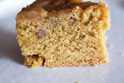 Upside-down pear cake (V + GF)