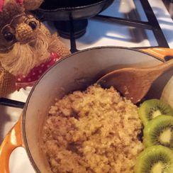 Quinoa, Molasses and Peanuts for Breakfast