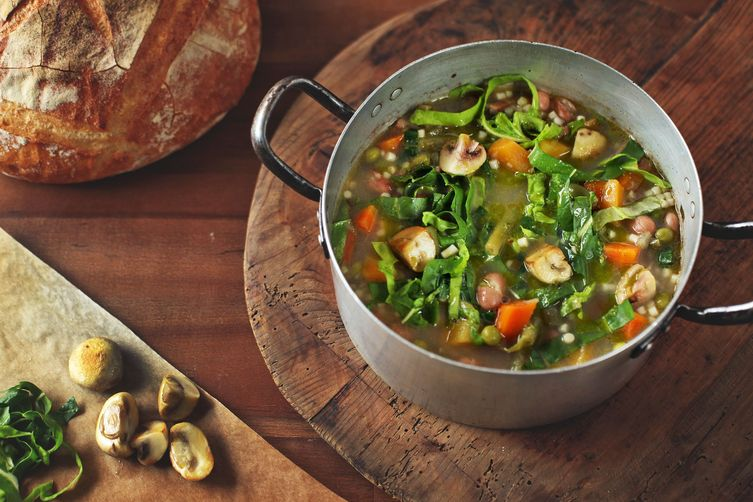 Delicious Spelt Minestrone with Garden Vegetables
