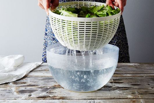 Here's Photo Proof That You Really Should Wash Your Leafy Greens