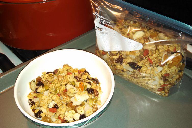 Superfruitynutty Granola