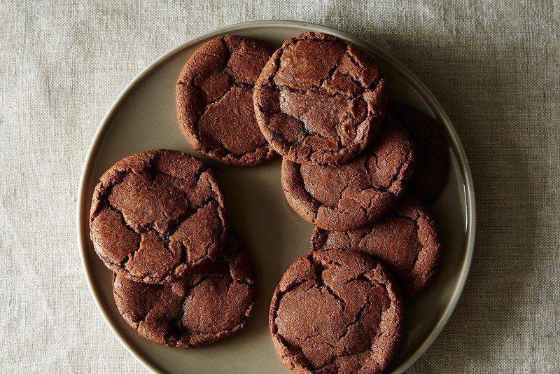 Chocolate Hazelnut Crack Ups