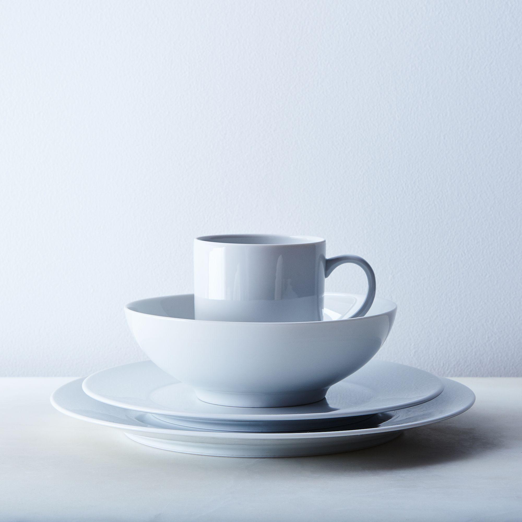 White Porcelain Dinnerware 16-piece Set