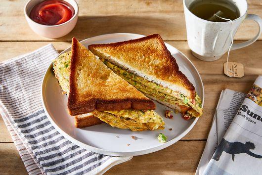 Indian Railway Omelette Sandwich