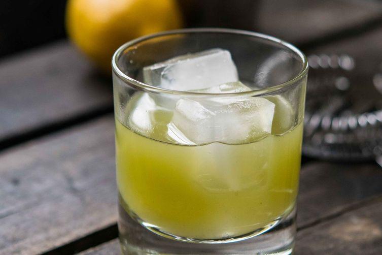 Celery Juice and Lemon Tom Collins (Mocktail or Cocktail)