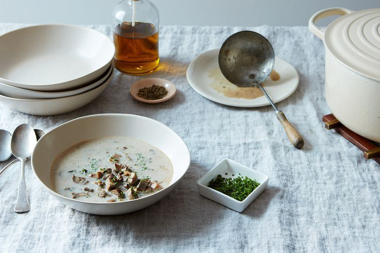 The Best Creamy Mushroom Soup Doesn't Come from a Can