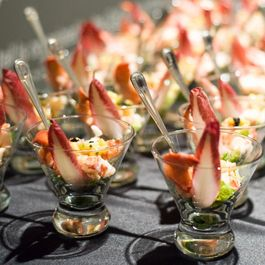 724305e8 e6a1 4816 8da4 2acad1a4654e  lobster martini 2
