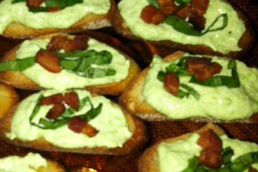 Pea and Pancetta Crostini