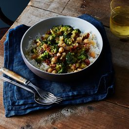 16329b25 2719 45ed b68b a3caacc235bf  2016 0920 one pot coconut braised chickpeas and broccoli bobbi lin 5919