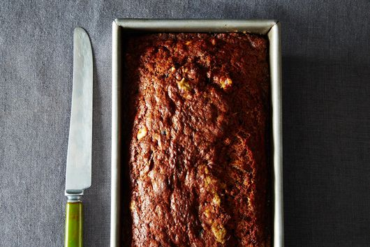 A Vegan Quickbread with Dates and Walnuts