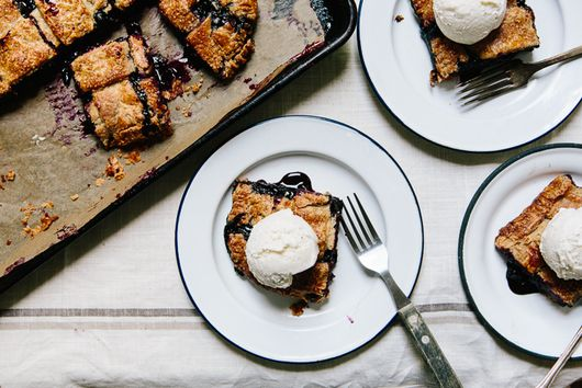 How to Make Blueberry and Rye Slab Pie