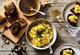 4ad21dcc 5e60 44d9 b7cb 842552e9fe8d  2017 1116 genius egg salad bagna cauda toasts rocky luten 158