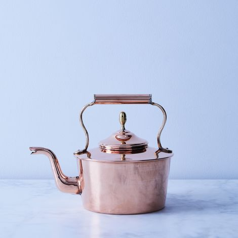 Vintage Copper English Round Tea Kettle, Late 19th Century