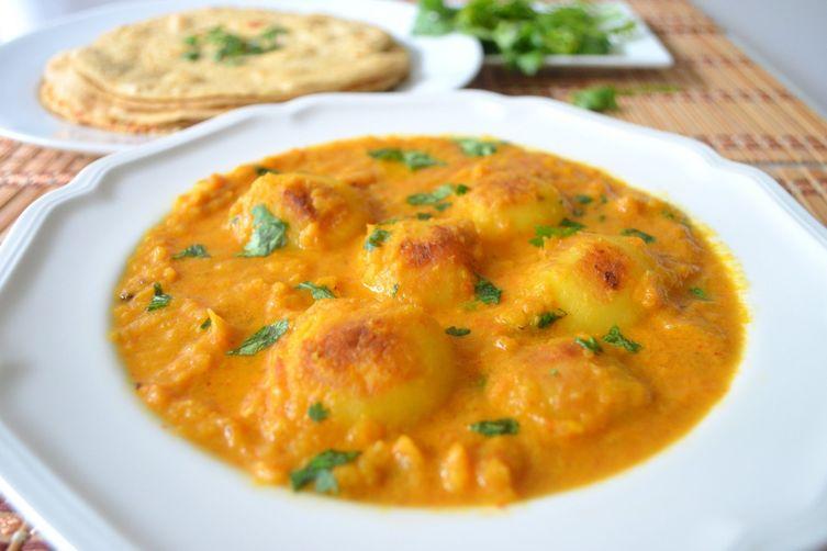 Dum Aloo - Baby Potatoes in a spicy gravy!