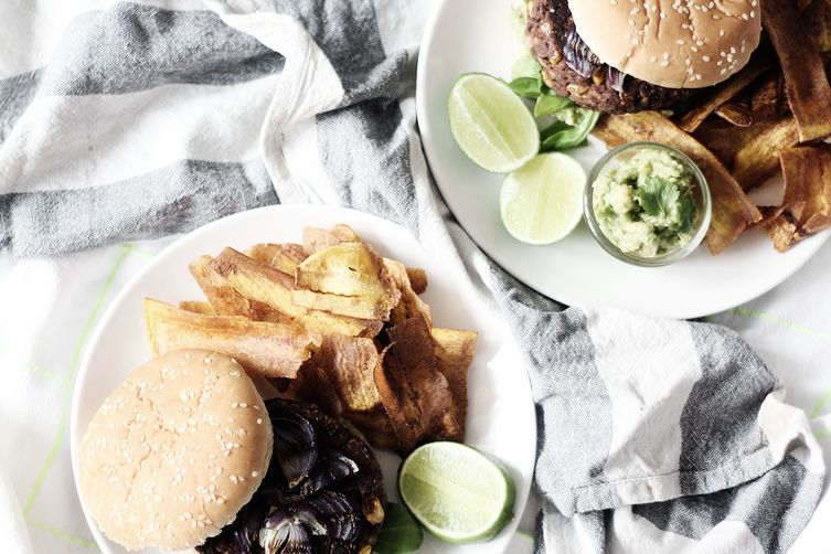 The Ultimate Vegan Bean Burger