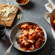 A Rich, Spicy Amatriciana That Leaves No Rigatoni Behind