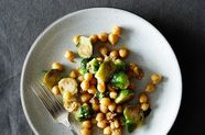 The 6-Ingredient Dinner That'll Get You Through the Post-Christmas Haze