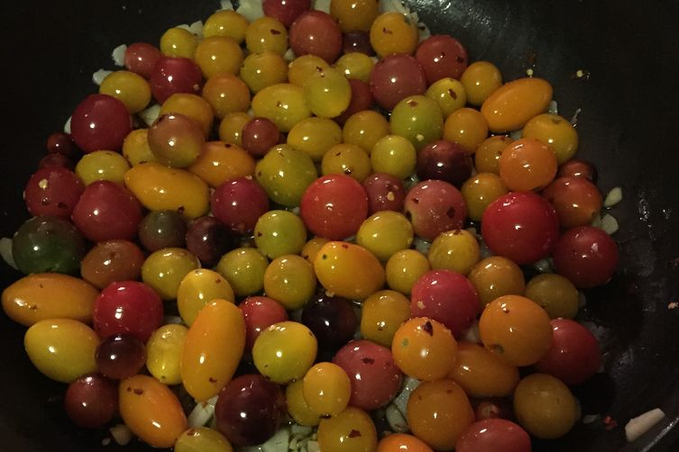 Pasta with Rainbow Cherry Tomatoes