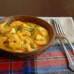 Bhapa Shorshe Chingri (Steamed shrimp in mustard sauce)