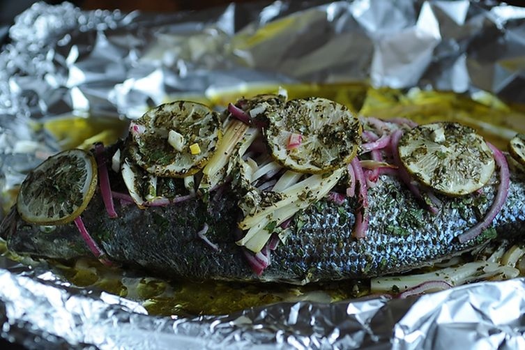 Grilled Whole Fish In Foil fish baked in foil with fennel and lime ...