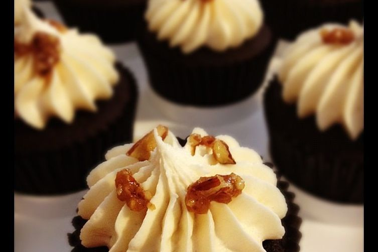 LaPhroaig Chocolate Cupcakes with Pecan Praline and Vanilla Buttercream