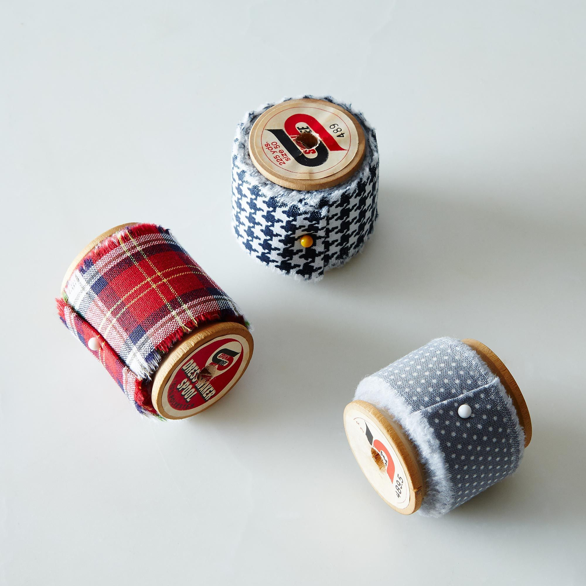16c89a83 adf0 48e6 ad51 1186f8e89a0c  2014 1119 dot and army fabric ribbon vintage spools 003