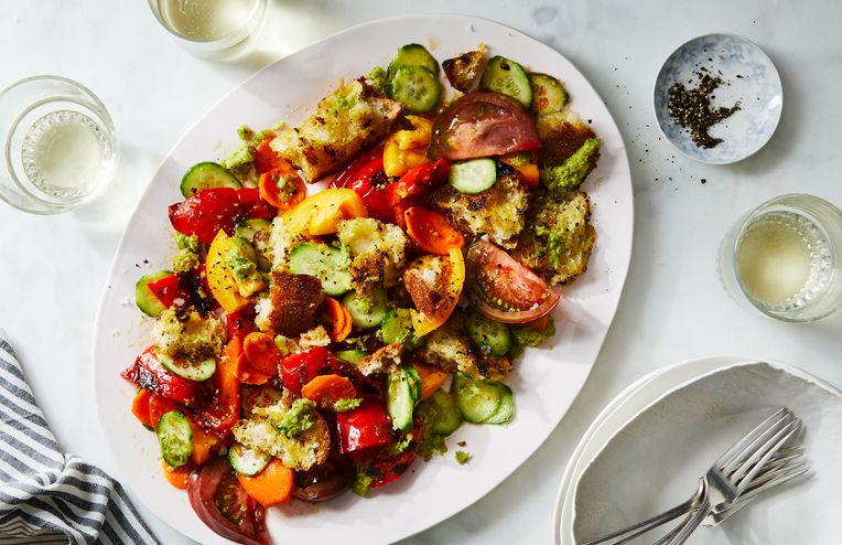 The 'Greatest Salad of All Time' Calls in Toasty Bread, Fresh Veg & More
