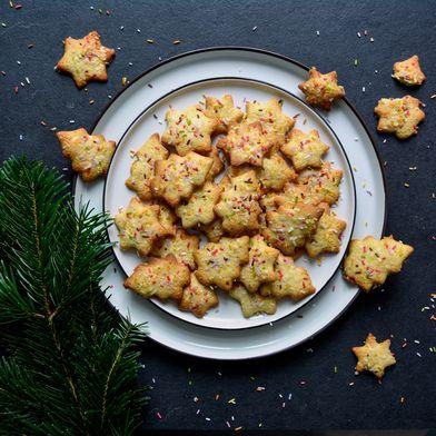 Maltese Lemon Christmas Cookies