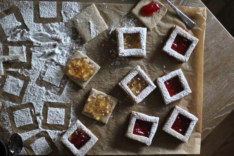 Spiced Pecan Linzer Cookies