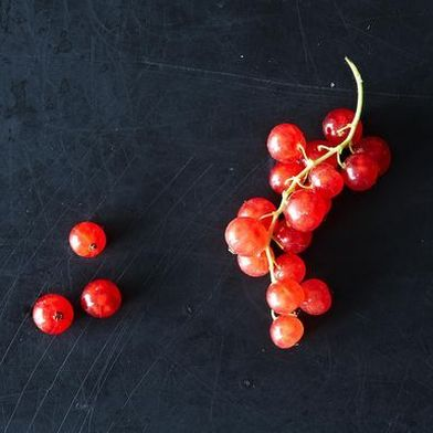 Red Currants: Tiny Translucent Beauties