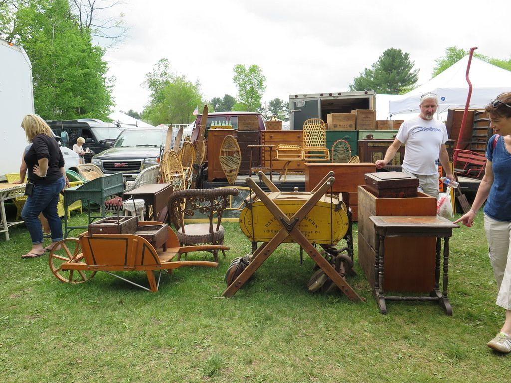Brimfield 101 for antiques lovers vintage buffs and for Brimfield flea market