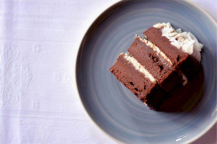 Choco + coco + caramel cake