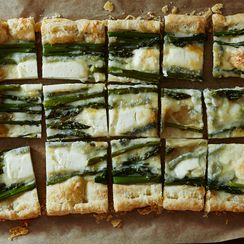 Goat Cheese and Asparagus Tart