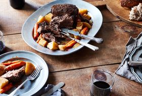6e874037 dbdc 4290 8e47 e523e3a03e33  2016 0822 slow cooked pot roast with carrots potatoes mark weinberg 359