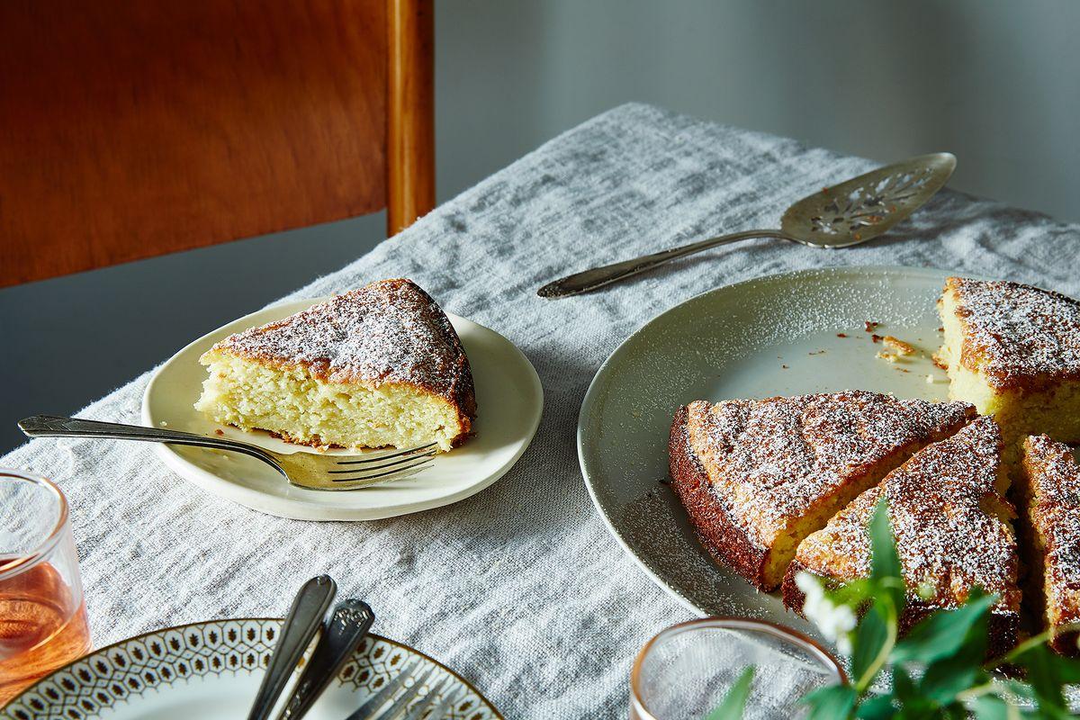 Italian Wedding Cake With Ricotta Cheese