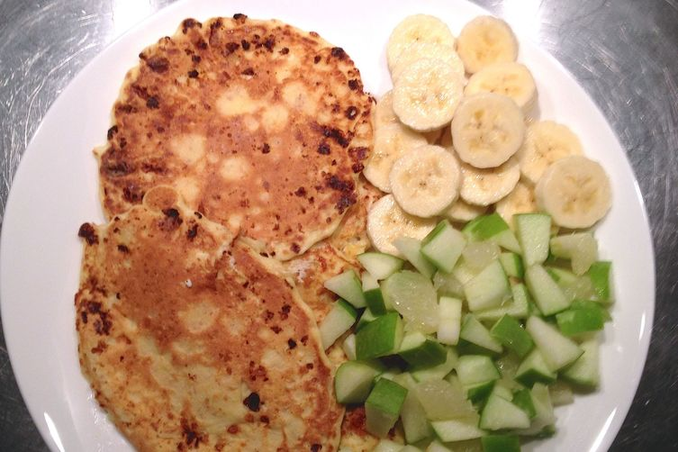 Cottage Cheese Patties With Fresh Fruit