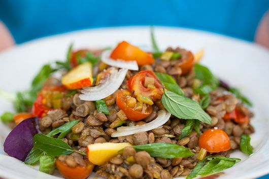 Fresh lentils and nectarine salad