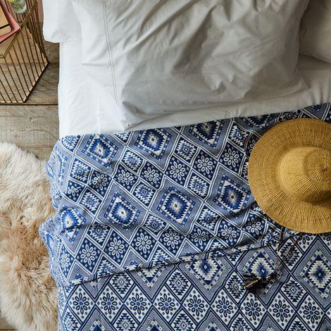 Blue Sea Jacquard Bedspread