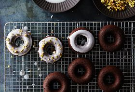 8e38400d 8990 40a9 b447 9f8bdca72c1f  2015 0811 chocolate coconut cake doughnuts alpha smoot 547