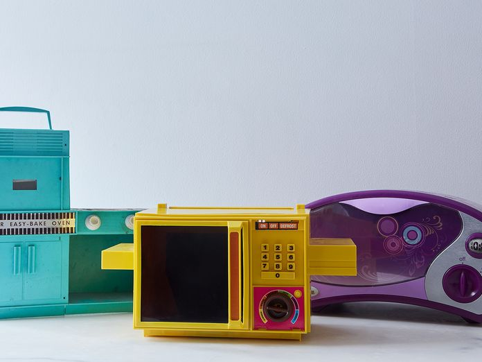 Is This the End of the Easy-Bake Oven?