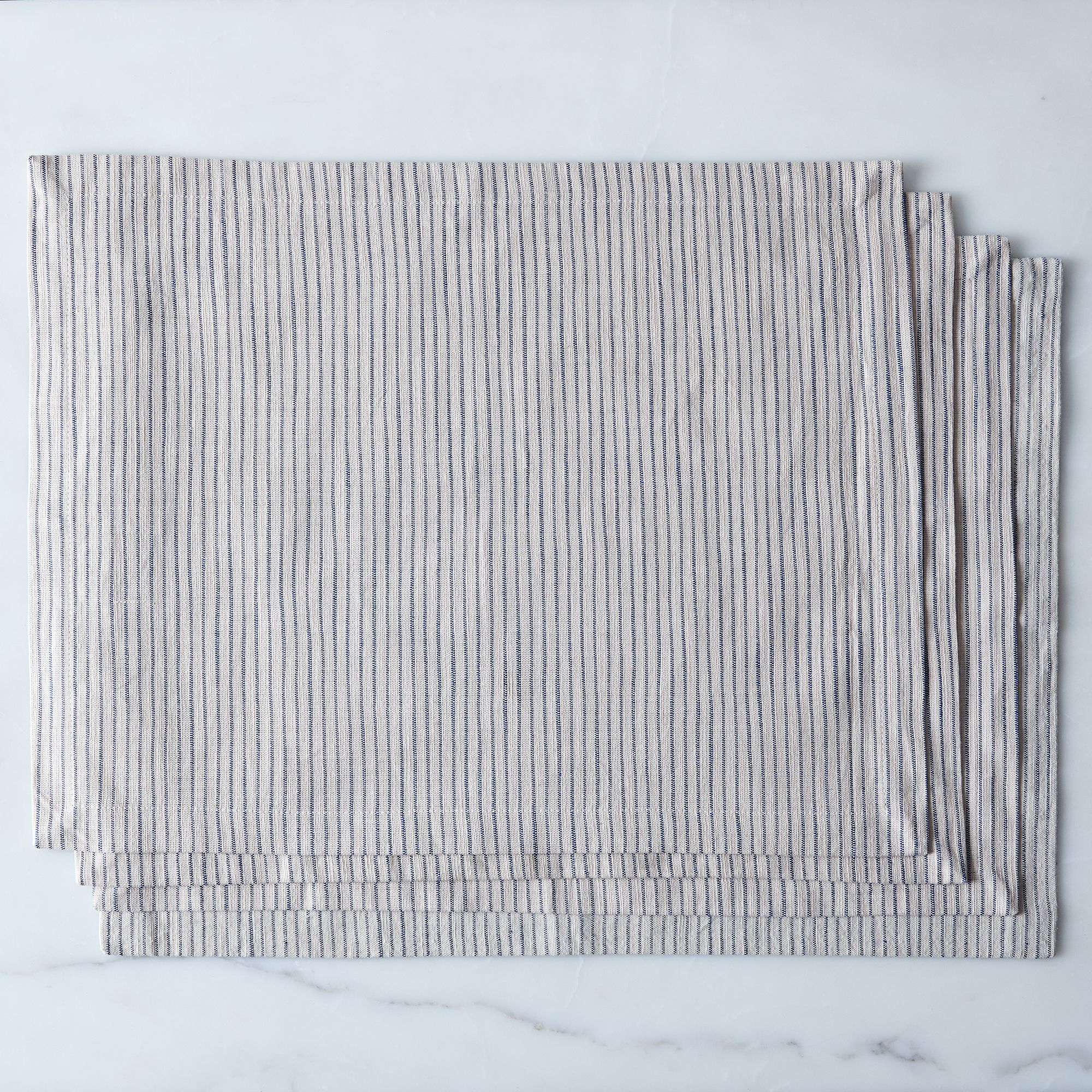 Ae40ad07 c9d3 4566 9246 84ea5b794491  2016 1111 food52 table linens striped placemats set of 4 silo rocky luten 0133