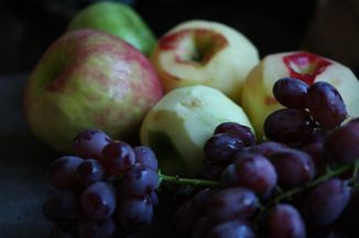 679bc58c-58fd-40cc-9487-7d19c542ae62--grapes_apples2-6785