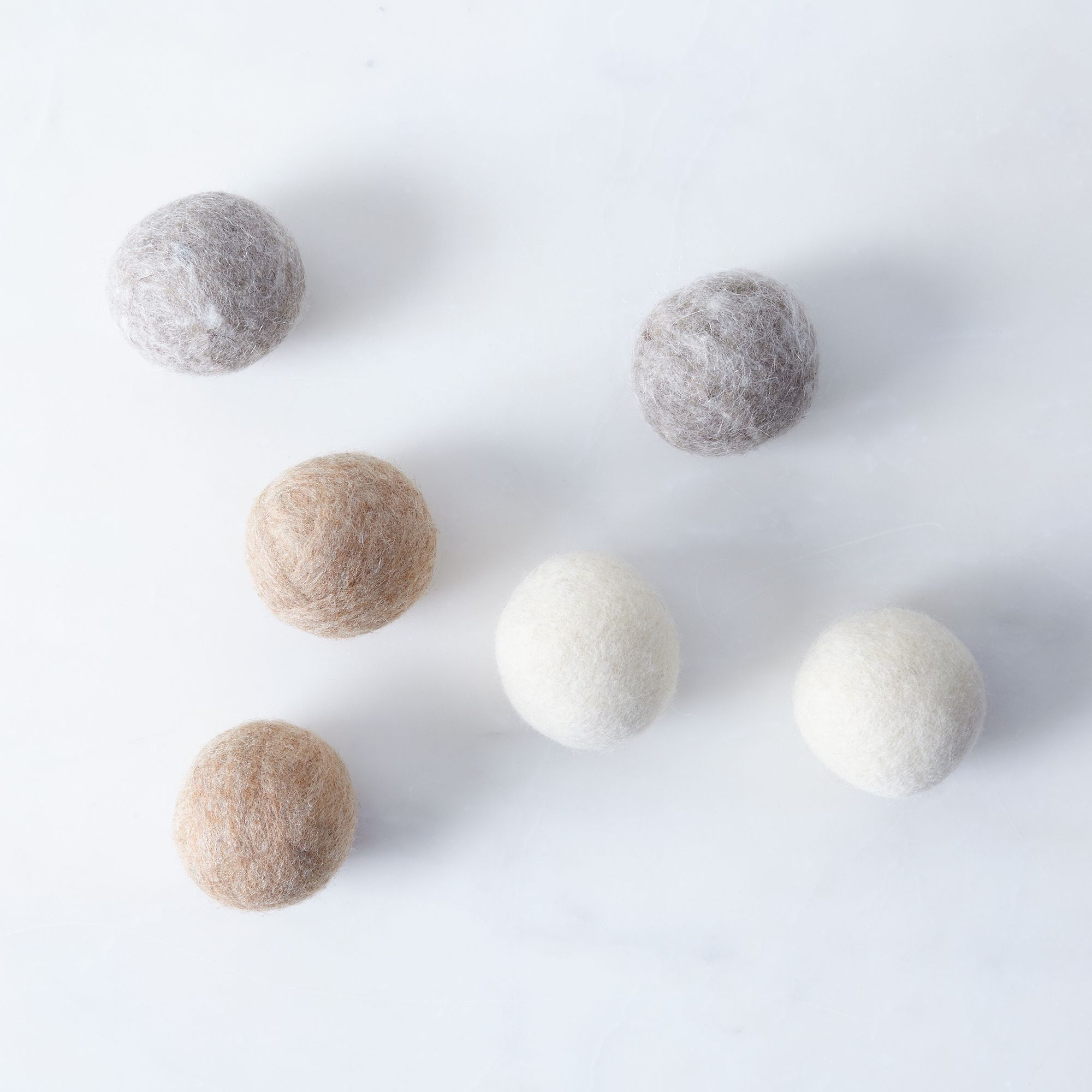 8c41ea52 f1f3 4979 8bf1 ffbe1c66a9d2  2016 0805 bog berry oatmeal wool dryer balls set of 6 silo rocky luten 278