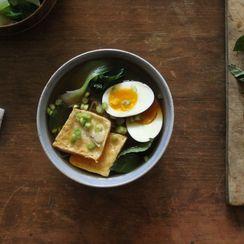 How to Make Vegetarian Ramen at Home
