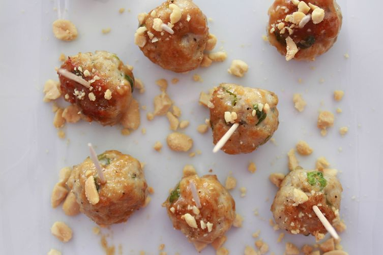chicken meatballs with sweet peanut sauce