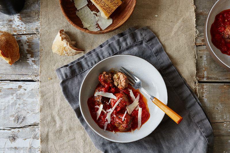 Meatballs with Tomato and Zucchini